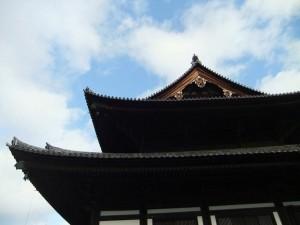 tofuku-ji_temple_ciel_bleu