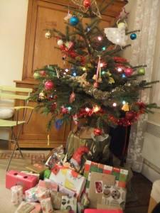 sapin_cadeaux_amis